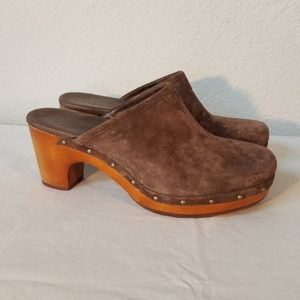 UGG Abbie Brown Suede Leather Clog sz 8